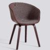 Frontpolstret spisestol fra HAY, About a chair AAC22 i murstein.