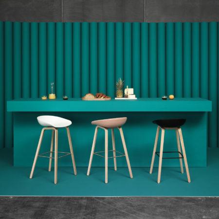 Miljøbilde av About a stool barstol fra HAY