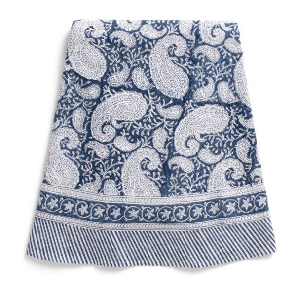 Bordduk Big Paisley fra Chamois i fargen Navy Blue