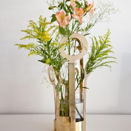 Vasen Fanny fra svenske Klong i messing.