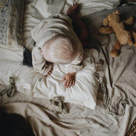 Ivory sengesett miljøbilde