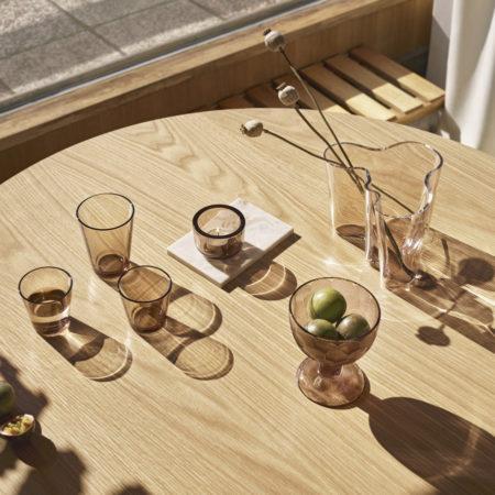 Miljøbilde av Aalto vase fra Iittala i fargen linen