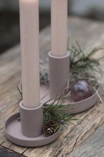 Lysestake til bedelys i fargen malva fra ib Laursen miljøbilde