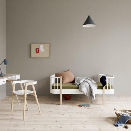 Wood original junior seng hvit og eik fra Oliver Furniture