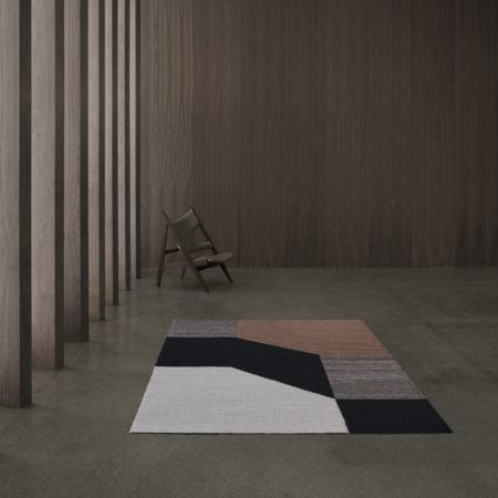 Blocchi gulvteppe fra Linie Design. Farge Powder