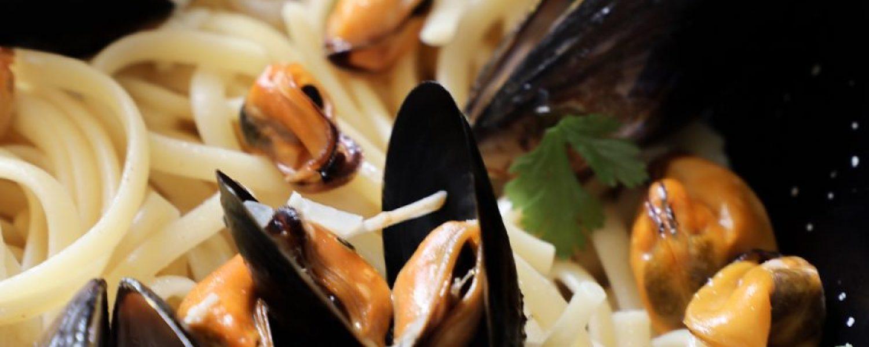 Forsidebilde-Kremet-pasta-med-blåskjell-900x450